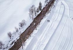 THEMENBILD - ein Paar beim spazieren in der winterlichen Landschaft, aufgenommen am 28. Januar 2019 in Leogang, Oesterreich // a couple walking in the winter landscape in Leogang,  Austria on 2019/01/28. EXPA Pictures © 2019, PhotoCredit: EXPA/ JFK