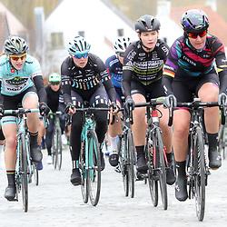 25-02-2017: Wielrennen: Omloop Het Nieuwsblad: Gent  <br />GENT (BEL) wielrennen  <br />Lisa Brennauer, Esra Tromp