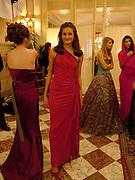 Francesca Spoerry, Crillon Debutante Ball. Getting ready. Crillon Hotel. Paris. 26 November 2004. ONE TIME USE ONLY - DO NOT ARCHIVE  © Copyright Photograph by Dafydd Jones 66 Stockwell Park Rd. London SW9 0DA Tel 020 7733 0108 www.dafjones.com