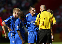 Photo: Chris Ratcliffe.<br />Charlton Athletic v Chelsea. The Barclays Premiership. 17/09/2005.<br />Chelsea players surround referee H Webb