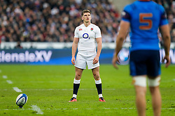 England Inside Centre Owen Farrell lines up a penalty kick to seal victory in the match - Mandatory byline: Rogan Thomson/JMP - 19/03/2016 - RUGBY UNION - Stade de France - Paris, France - France v England - RBS 6 Nations 2016.