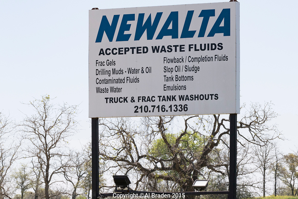Waste Fluid Disposal, Oil and Gas Fracking, Eagle Ford Shale Area, Texas