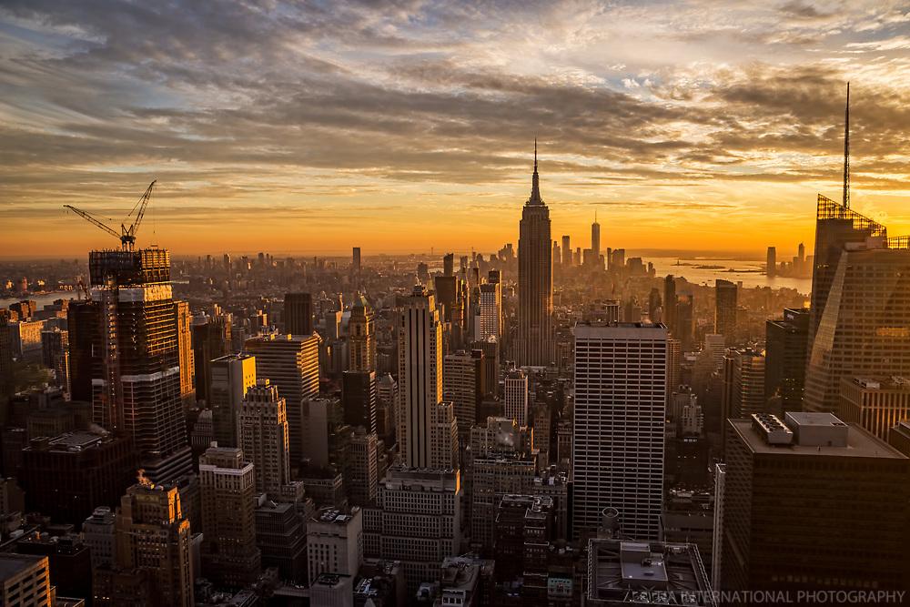 Manhattan, Golden Glow