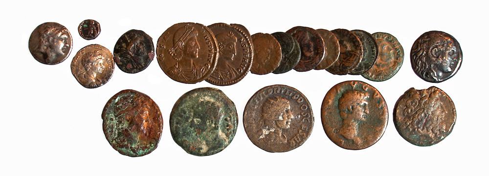 19 Greek, Phoenician and Roman coins 4th century BCE - 4th century CE
