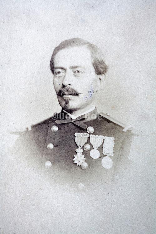portrait adult man posing in military uniform France 1880s