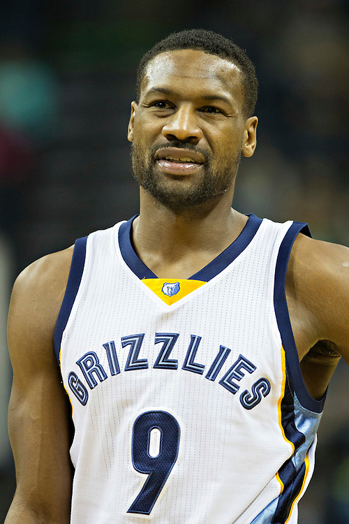 MEMPHIS, TN - JANUARY 10:  Tony Allen #9 of the Memphis Grizzlies looks at the referees during a game against the Boston Celtics at the FedExForum on January 10, 2016 in Memphis, Tennessee.  The Grizzlies defeated the Celtics 101-98.  NOTE TO USER: User expressly acknowledges and agrees that, by downloading and or using this photograph, User is consenting to the terms and conditions of the Getty Images License Agreement.  (Photo by Wesley Hitt/Getty Images) *** Local Caption *** Tony Allen