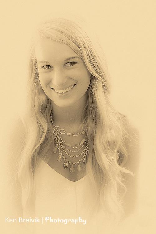 Emily Barnes Senior Picture