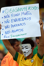 Torcida brasileira na partida entre Brasil e Italia valida pela terceira rodada da Copa das Confederações 2013, no estadio Arena Fonte Nova, em Salvador-BA. FOTO: Jefferson Bernardes/Preview.com