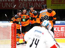 26.10.2018, Merkur Eisstadion, Graz, AUT, EBEL, Moser Medical Graz 99ers vs HC TWK Innsbruck Die Haie, 13. Runde, im Bild von links: Colton Yellow-Horn (Moser Medical Graz 99ers), Ty Loney (Moser Medical Graz 99ers), Andre Lakos (Moser Medical Graz 99ers) Dwight King (Moser Medical Graz 99ers) und Janne Juvonen (HC TWK Innsbruck Die Haie) // during the Erste Bank Icehockey League 13th round match between Moser Medical Graz 99ers and HC TWK Innsbruck Die Haie at the Merkur Ice Stadium, Graz, Austria on 2018/10/26, EXPA Pictures © 2018, PhotoCredit: EXPA/ Erwin Scheriau