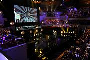 NFF - Nederlands Filmfestival - uitreiking van de Gouden Kalveren in Tivolli Utrecht.<br /> <br /> op de foto:  Benja Bruijning en de Minister van Onderwijs, Cultuur en Wetenschap Jet Bussemaker