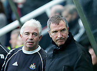 Photo: Andrew Unwin.<br />Newcastle United v Middlesbrough. The Barclays Premiership. 02/01/2006.<br />Newcastle's manager, Graeme Souness (R).