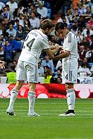 Real Madrid´s Asier Illarramendi and Chicharito during 2014-15 La Liga match between Real Madrid and Eibar at Santiago Bernabeu stadium in Madrid, Spain. April 11, 2015. (ALTERPHOTOS/Luis Fernandez)