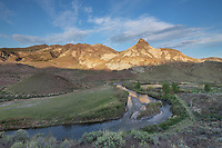 Johnn Day River and Sheep Rock, John Day Fossil Beds National Monument Oregon