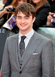 © licensed to London News Pictures. LONDON UK  07/07/11.Daniel Radcliffe attends the  Harry Potter World Premiere in Trafalgar square London. Please see special instructions for usage rates. Photo credit should read ALAN ROXBOROUGH/LNP