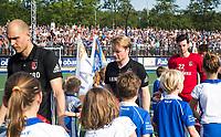 UTRECHT -  Teleurstelling bij Klaas Vermeulen (A'dam) en links Justin Reid-Ross en Jan de Wijkerslooth.    na  de finale van de play-offs om de landtitel tussen de heren van Kampong en Amsterdam (3-1).    COPYRIGHT KOEN SUYK