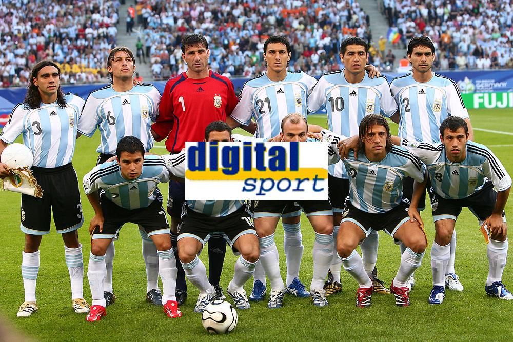 Hamburg 10/6/2006 World Cup 2006<br /> <br /> Argentina Cote d'Ivoire - Argentina Costa d'Avorio 2-1<br /> <br /> Photo Andrea Staccioli Graffitipress<br /> <br /> Argentina, Up:<br /> <br /> Sorin, Heinze, Abbondanzieri, Burdisso, Riquelme, Ayala<br /> <br /> Bottom: Saviola, Rodriguez, Cambiasso, Crespo, Mascherano