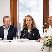 © Maria Muina I Photography: S.M El Rey Don Juan Carlos, La Reina Doña Sofía y la Infanta Doña Elena en la cena homenaje al buque escuela Juan Sebastián El Cano en el Real Club Náutico de Sanxenxo.