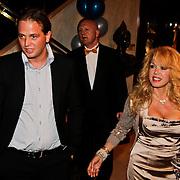 NLD/Noordwijk/20100502 - Gerard Joling 50ste verjaardag, Patricia Paay en partner Nicky van Dam