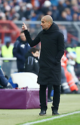 16.01.2016, Wildparkstadion, Karlsruhe, GER, Testspiel, Karlsruher SC vs FC Bayern Muenchen, im Bild Pep Guardiola (Trainer / FC Bayern Muenchen) gibt Anweisungen // during a preperation Football Match between Karlsruher SC and FC Bayern Munich at the Wildparkstadion in Karlsruhe, Germany on 2016/01/16. EXPA Pictures © 2016, PhotoCredit: EXPA/ Eibner-Pressefoto/ Neis<br /> <br /> *****ATTENTION - OUT of GER*****