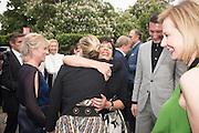 DAME SHIRLEY BASSEY; KATE MOSS; DAME JULIA PEYTON-JONES, 2016 SERPENTINE SUMMER FUNDRAISER PARTY CO-HOSTED BY TOMMY HILFIGER. Serpentine Pavilion, Designed by Bjarke Ingels (BIG), Kensington Gardens. London. 6 July 2016