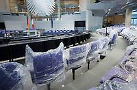 DEU, Deutschland, Germany, Berlin, 18.01.2013:<br />Umbau des Plenarsaals des Deutschen Bundestages anlässlich des 50. Jahrestages der Unterzeichnung des Elysee-Vertrages.
