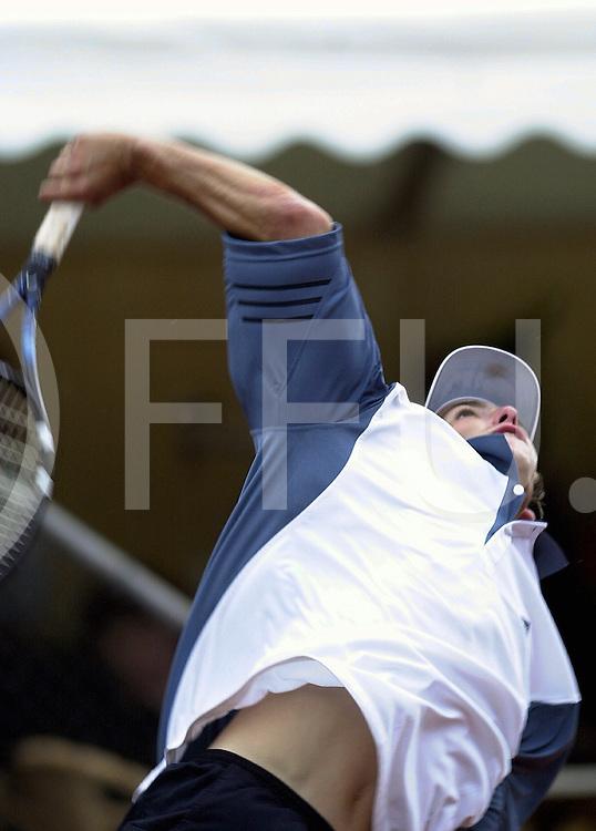 fotografie frank uijlenbroek©2001 frank brinkman.010617 raalte ned.sa1.tennis park ramele.finale partij.foto:dhr bennteau.fu010617_02