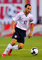 Fotball<br /> Argentina v USA<br /> Foto: PikoPress/Digitalsport<br /> NORWAY ONLY<br /> <br /> U.S. player Landon Donovan during their international friendly soccer match Vs. Argentina, in East Rutherford, New Jersey, June 8, 2008
