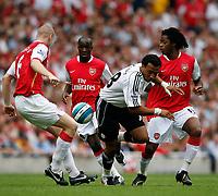 Photo: Steve Bond.<br />Arsenal v Derby County. The FA Barclays Premiership. 22/09/2007. Sub Giles Barnes (C) tries to break through the defence