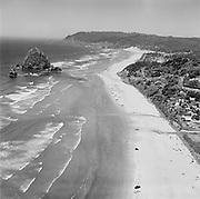 Y-580704E-01. Cannon Beach, July 4, 1958