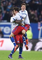 Fotball<br /> Tyskland<br /> Foto: Witters/Digitalsport<br /> NORWAY ONLY<br /> <br /> 1:1 Jubel v.l. Johan Djourou, Torschuetze Nicolai Mueller, Gotoku Sakai (HSV)<br /> <br /> Hamburg, 07.02.2016, Fussball Bundesliga, Hamburger SV - 1. FC Köln 1:1