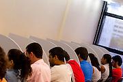 Belo Horizonte_MG, Brasil...Curso preparatorio para concursos publicos na area juridica em Belo Horizonte, Minas Gerais...The preparatory course for public concourses in the juridical area in Belo Horizonte, Minas Gerais..  .Foto: LEO DRUMOND / NITRO
