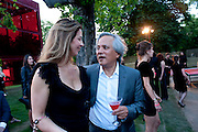 SUZANNE KAPOOR; ANISH KAPOOR, The Summer Party. Serpentine Gallery. 8 July 2010. -DO NOT ARCHIVE-© Copyright Photograph by Dafydd Jones. 248 Clapham Rd. London SW9 0PZ. Tel 0207 820 0771. www.dafjones.com.