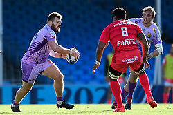 Luke Cowan-Dickie of Exeter Chiefs is marked by Jerome Kaino of Toulouse - Mandatory by-line: Ryan Hiscott/JMP - 26/09/2020 - RUGBY - Sandy Park - Exeter, England - Exeter Chiefs v Toulouse - Heineken Champions Cup Semi Final