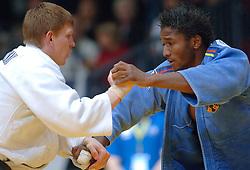 27-05-2006 JUDO: EUROPEES KAMPIOENSCHAP: TAMPERE FINLAND<br /> Gulliaume Elmont wint de bronzen medaille op het EK <br /> ©2006-WWW.FOTOHOOGENDOORN.NL