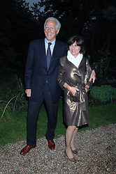 MICHAEL & PILAR BOXFORD at the annual Cartier Chelsea Flower Show dinner held at the Chelsea Physic Garden, London on 21st May 2007.<br /><br />NON EXCLUSIVE - WORLD RIGHTS