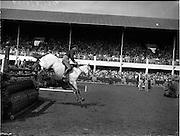 "05/08/1960<br /> 05/08/1960<br /> 05 August 1960<br /> R.D.S Horse Show Dublin (Friday). Aga Khan Trophy. Lieut. Naldo Dasso on ""Final""."