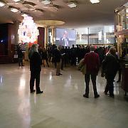 """""""Elezioni subito"""" manifestazione organizzata al teatro Manzoni da Giuliano Ferrara comntro il governo Monti..Ingresso del teatro Manzoni"""