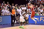 DESCRIZIONE : Campionato 2013/14 Finale Gara 7 Olimpia EA7 Emporio Armani Milano - Montepaschi Mens Sana Siena Scudetto<br /> GIOCATORE : Josh Carter Alessandro Gentile<br /> CATEGORIA : Tecnica Controcampo Difesa Sequenza<br /> SQUADRA : Montepaschi Siena Olimpia EA7 Emporio Armani Milano<br /> EVENTO : LegaBasket Serie A Beko Playoff 2013/2014<br /> GARA : Olimpia EA7 Emporio Armani Milano - Montepaschi Mens Sana Siena<br /> DATA : 27/06/2014<br /> SPORT : Pallacanestro <br /> AUTORE : Agenzia Ciamillo-Castoria /GiulioCiamillo<br /> Galleria : LegaBasket Serie A Beko Playoff 2013/2014<br /> FOTONOTIZIA : Campionato 2013/14 Finale GARA 7 Olimpia EA7 Emporio Armani Milano - Montepaschi Mens Sana Siena<br /> Predefinita :