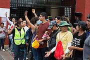 Voluntarios trabajan en labores de apoyo a la población en Xochimilco, Ciudad de México / Volunteers work to support population in Xochimilco, Mexico City. (Foto: Prometeo Lucero)