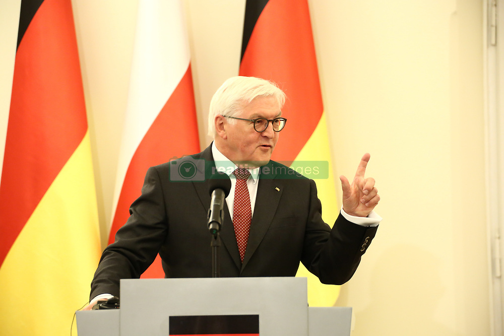 May 19, 2017 - Warsaw, Poland - President Duda welcomed German President Frank-Walter Steinmeier and First Lady Elke Büdenbender with military ceremony at Presidential Palace for inauguration in Warsaw. (Credit Image: © Jakob Ratz/Pacific Press via ZUMA Wire)