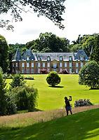 08090 FAGNON - Landgoed met kasteel, Golfbaan Abbaye des Septfontaines, in de Franse Ardennen. COPYRIGHT KOEN SUYK