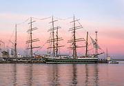 Zlot żaglowców w Gdyni, żaglowiec Alexander von Humbolt II i rosyjski STS Kruzensztern