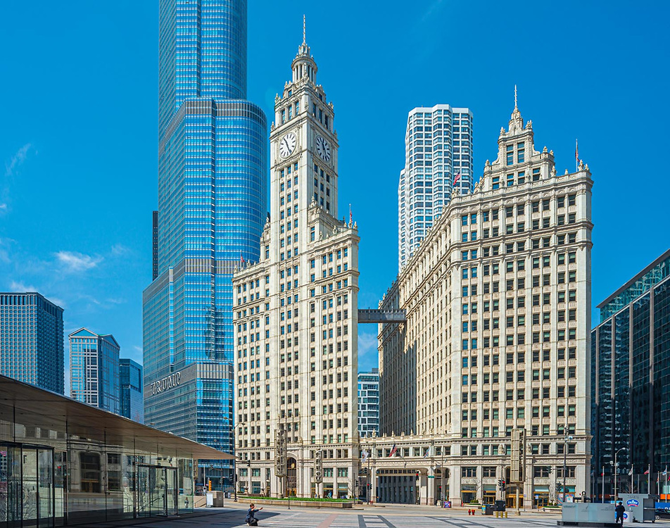 Chicago architecture. Downtown Chicago April 11th 2020 during the Covid-19 pandemic.  A cool April morning. Very few people on the streets. Very little traffic.  Digital photography.