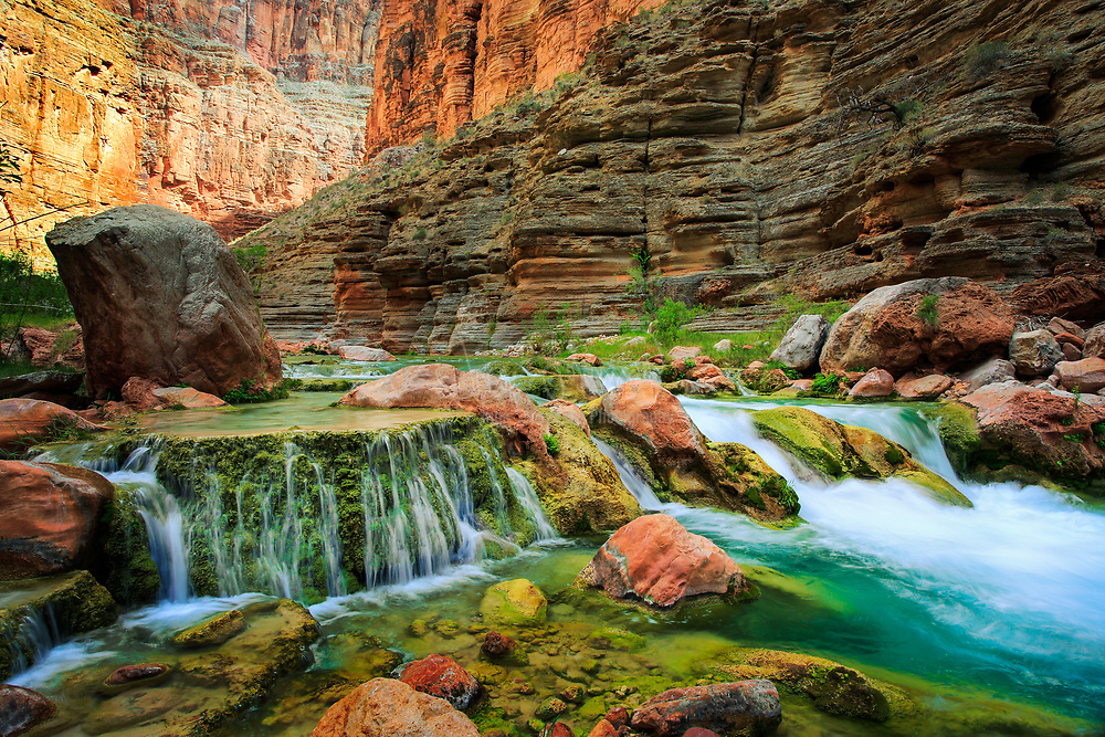Havasu Creek is a side stream to the Colorado River in the interior of the Grand Canyon