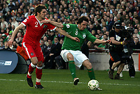 Photo: Paul Thomas.<br /> Republic of Ireland v Wales. European Championships 2008 Qualifying. 24/03/2007.<br /> <br /> Samuel Ricketts (2) of Wales battles with Jonathan Douglas.