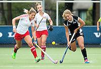 BREDA (Neth.)  Phoebe Steele (r) of NZ with Suzannah Petty (l) of England during the match  New Zealand vs England U21 women . Volvo Invitational Tournament U21. COPYRIGHT KOEN SUYK