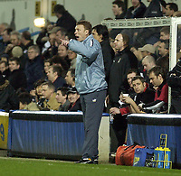 Picture: Henry Browne.<br /> Date: 04/02/2004.<br /> Fulham v Everton FA Cup Fourth Round Replay.<br /> <br /> David Moyes gets annoyed with his players in the first half.