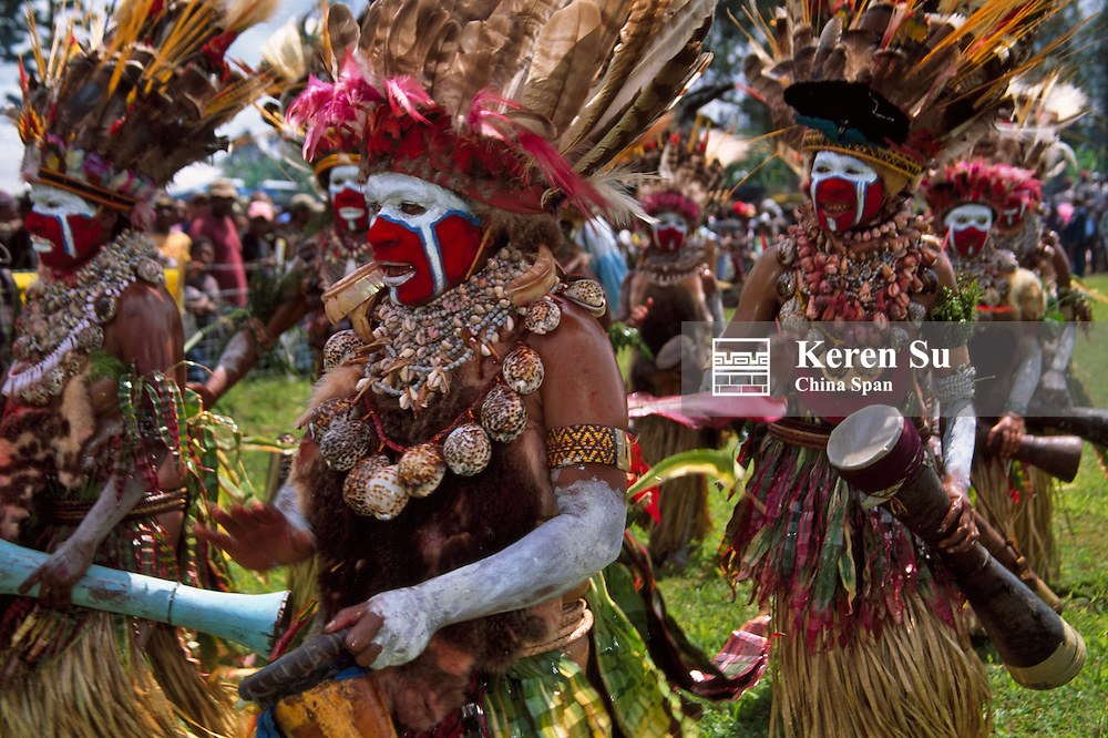 Highlands tribeswomen performing at Sing Sing Festival, Mt. Hagen, Papua New Guinea.