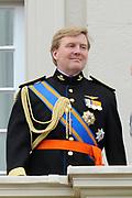 Prinsjesdag 2011 - Paleis Noordeinde Den Haag.  Op Prinsjesdag spreekt het staatshoofd, Koningin Beatrix, de troonrede uit. Daarin geeft de regering aan wat het regeringsbeleid zal zijn voor het komende jaar.<br /> <br /> Prinsjesdag (English: Prince's Day) is the day on which the reigning monarch of the Netherlands (currently Queen Beatrix) addresses a joint session of the Dutch Senate and House of Representatives in the Ridderzaal or Hall of Knights in The Hague. <br /> <br /> Op de foto/ On the Photo<br /> <br /> Prins Willem Alexander