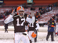 Braylon Edwards celebrates the win..The Cleveland Browns continued their playoff hunt with an 8-0 win over visiting Buffalo.  .Photo by David  Richard
